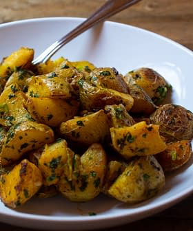 Roasted Potatoes with Garlic, Lemon, and Cilantro (Batata Hara)