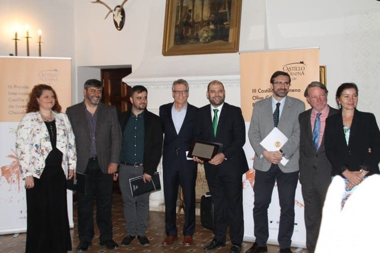 europe-north-america-uc-davis-and-the-university-of-jan-sign-collaboration-agreement-olive-oil-times-uc-davis-and-university-of-jan-come-together-at-castillo-de-canena-to-present-the-luis-va-research-award