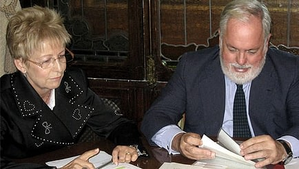 Elena Víboras, Minister of Agriculture, Fisheries and Rural Development, with Spain's Minister of Agriculture, Food and Environment, Miguel Arias Cañete