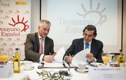 health-news-hospitals-in-madrid-will-start-the-day-with-a-spanish-breakfast-olive-oil-times-pedro-rubio-aragons-vice-president-of-the-spanish-olive-oil-interprofessional-organization-and-dr-juan-abarca-cidn-managing-director-of-hm-hospitals