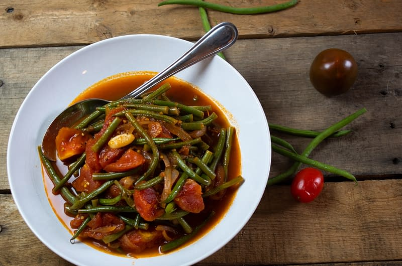 stewed-green-beans-and-heirloom-tomatoes-olive-oil-times-stewed-green-beans-and-heirloom-tomatoes
