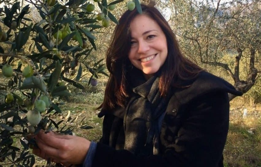 cooking-with-olive-oil-health-news-new-book-celebrates-the-simplicity-of-the-mediterranean-diet-olive-oil-times