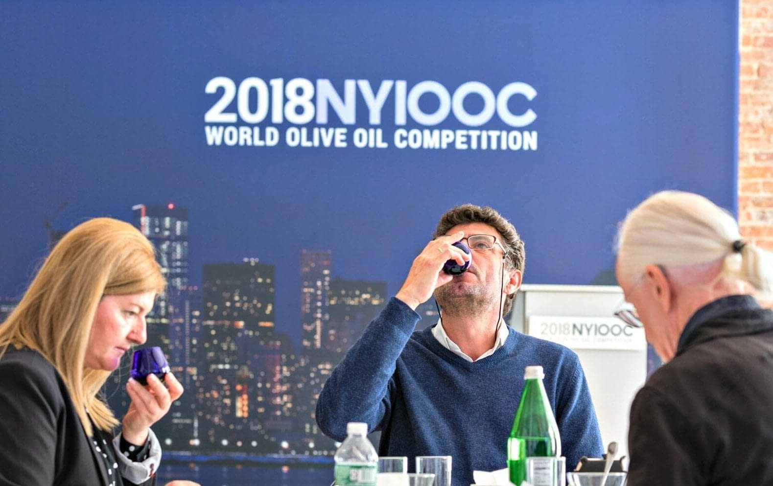 tasting-olive-oil-world-an-introduction-to-olive-oil-tasting-olive-oil-times
